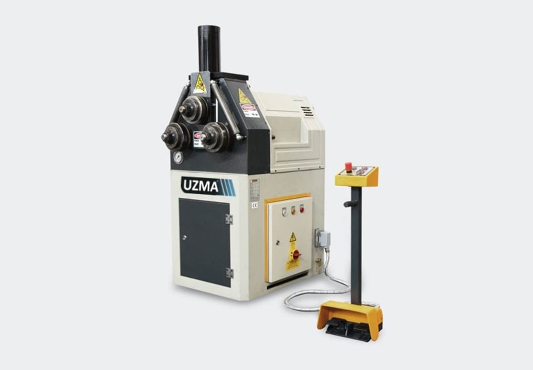 UZMA HPK 50 section roller hydraulic operation